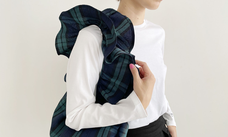 持ち手がフリルで可愛いフリショルアップサイクルバッグ