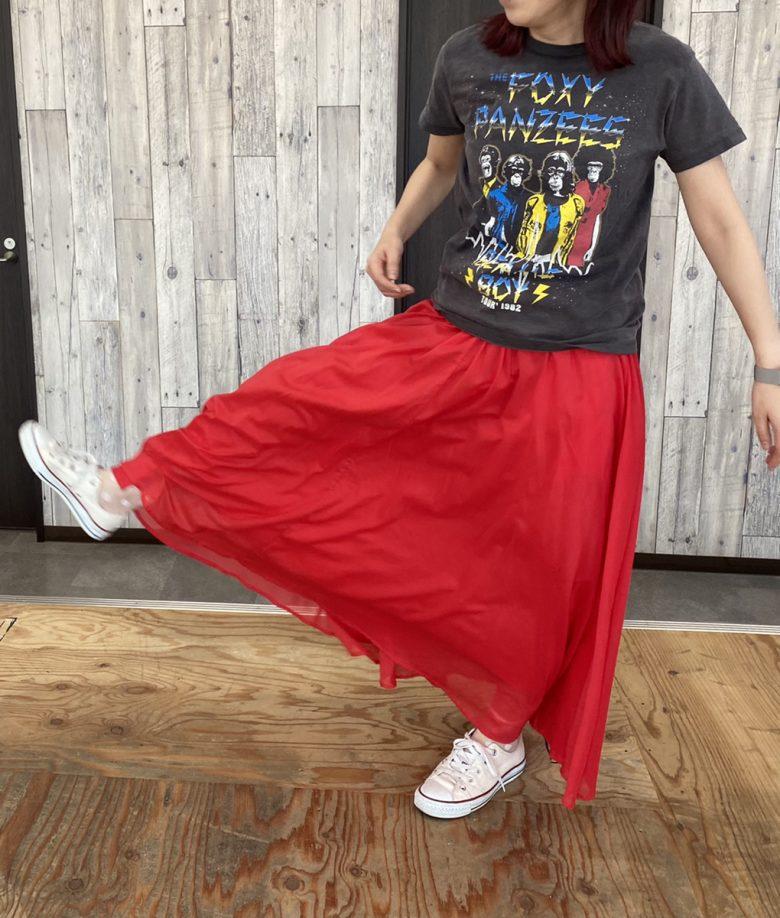サマースカート レッドの着画