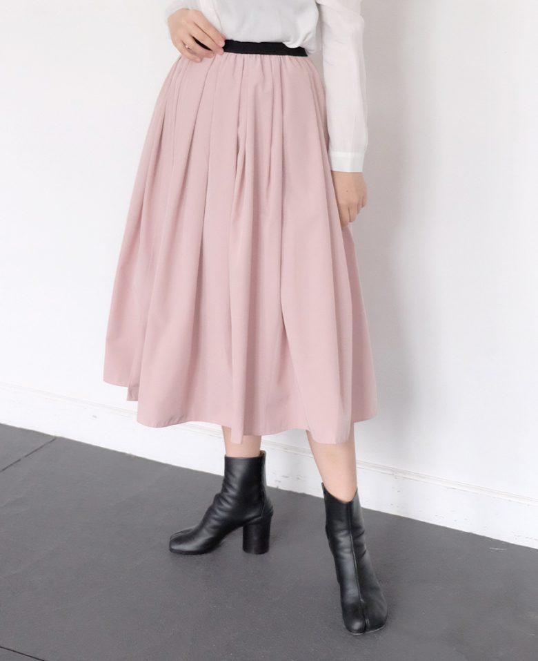 神戸山の手スカートライトピンクとマルジェラの足袋ブーツ