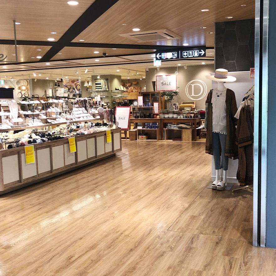 モンテメール芦屋店4階